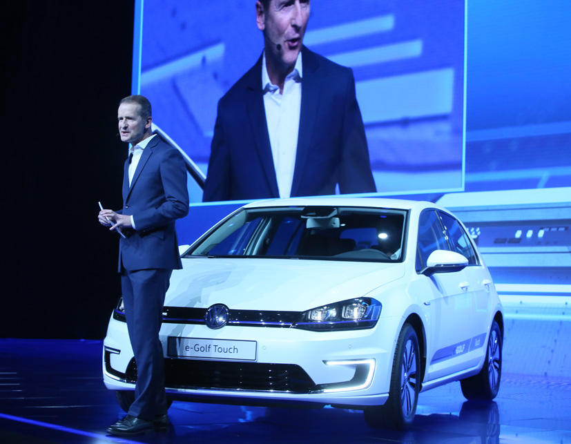 In Wake Of Emissions Scandal VW Focuses On EVs At CES Vehicle - Vw car show las vegas